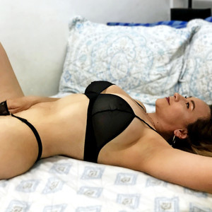 alicia_lang Webcams