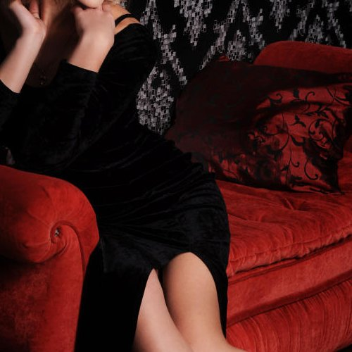 annabella chatrooms Annabelle nyx is available on chatstar call, text, trade pictures and videos chat with her now.