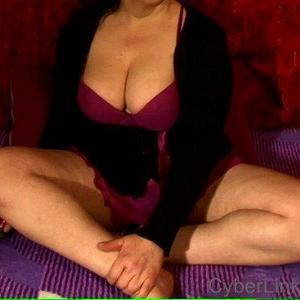 bellahairy Nude Chat