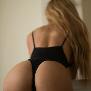 BlondeH0ttie Adult Cams