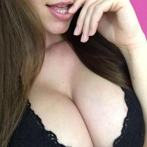 bustyxxhelen Nude Chat Rooms