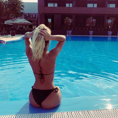 Cherry_Blonde My Free Cams