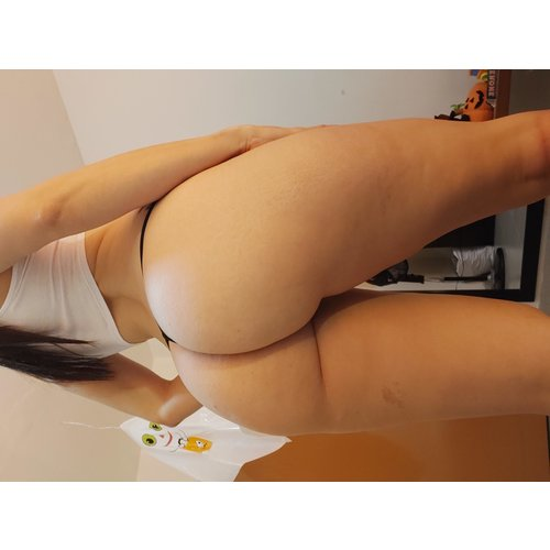 DreamBootyXx Webcam