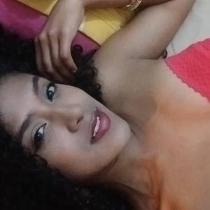 Ebony_Sara XXX Chat Room