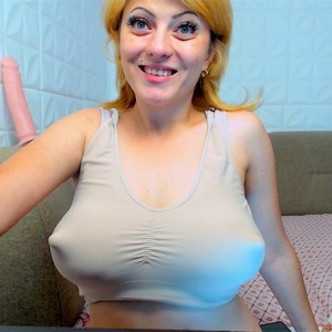 fullacummom XXX Chat Room