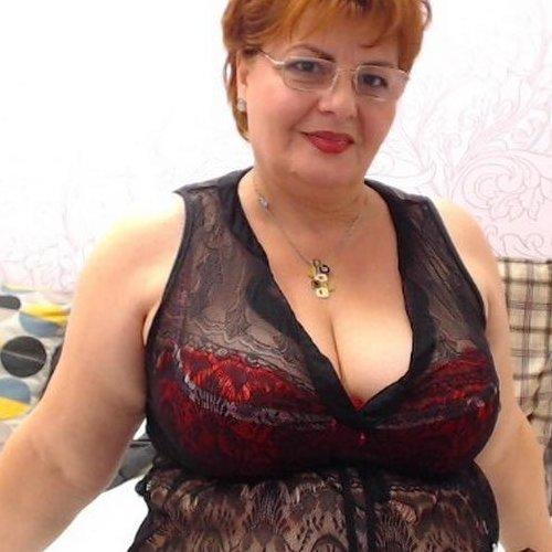 Русская тетя женщина сосет — img 9