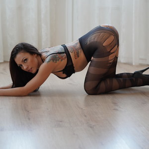 Honey_Adriana MyFreeCams