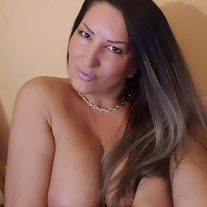 HotKellyx78 Naked Chat