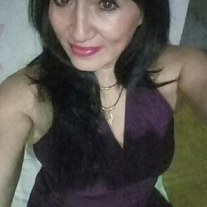 LatinMILF_ Nude Chat