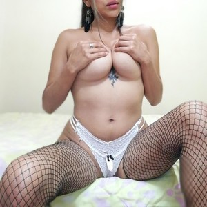 LauraDesired Camgirls