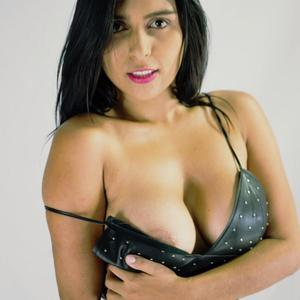 Lucy_Onfire Camgirl