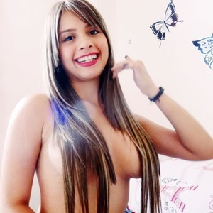 Lulu_Lopez XXX Chat Room