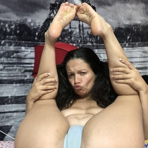 misszora7 Sex Chat