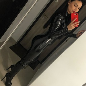 Mistress_Mia Nude Chat Room