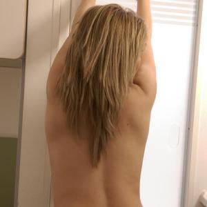 Niki_blond MyFreeCams