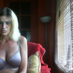 NinaSkylight Cam Girls, NinaSkylight Cam Girl, NinaSkylight MyFreeCam