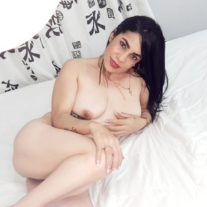 petite_camila Adult Chatroom