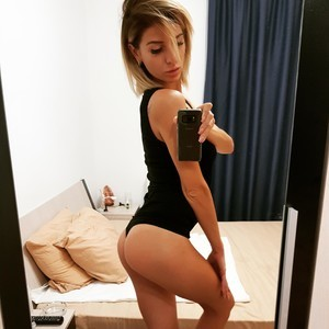 Roselynax Nude Cam