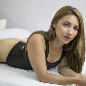 Valera_alzate Adult Chatrooms