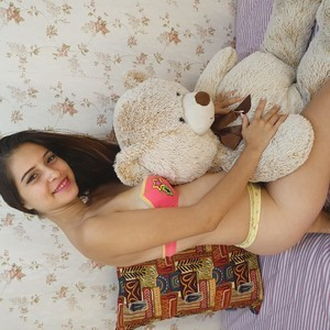 yeimmy_cortes Naked Chat Room