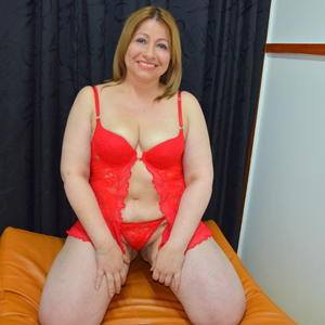 YESIKA_MILF Webcam